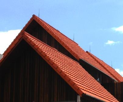 Tips Atasi Bocor Pada Atap Rumah Akibat Salah Desain